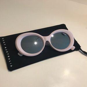 Quay Mess Around Sunglasses - Blush Pink